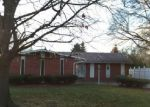 Foreclosed Home in Southfield 48033 23045 BRANDYWYNNE ST - Property ID: 3890987