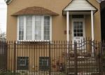 Foreclosed Home in Chicago 60617 10648 S MACKINAW AVE - Property ID: 3893561