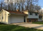 Foreclosed Home in Angola 46703 905 OAKCREST DR - Property ID: 3895597
