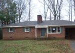 Foreclosed Home in Scottsboro 35768 253 ROSE DR - Property ID: 3903887