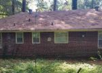 Foreclosed Home in Decatur 30032 2980 PASADENA DR - Property ID: 3912060