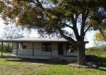 Foreclosed Home in Devine 78016 20055 FM 463 - Property ID: 3912656