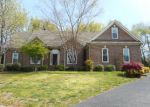 Foreclosed Home in Bowling Green 42103 924 SANDWEDGE CT - Property ID: 3913935