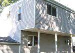 Foreclosed Home in Central Islip 11722 36 E BEECH ST - Property ID: 3917868