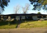 Foreclosed Home in Port Arthur 77642 4111 SUNSET DR - Property ID: 3920044