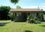 Foreclosed Home in Uvalde 78801 495 E LEONA ST - Property ID: 3920109