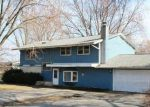 Foreclosed Home in Mchenry 60051 917 W MEADOWLARK DR - Property ID: 3930145