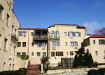 Foreclosed Home in Great Neck 11021 215 MIDDLE NECK RD APT 15-3B - Property ID: 3941032