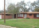 Foreclosed Home in Devine 78016 412 W MOORE AVE - Property ID: 3941563