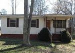 Foreclosed Home in Pell City 35128 5174 CAMP WINNATASKA RD - Property ID: 3943110