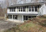 Foreclosed Home in Crossville 38571 474 DROWNING CREEK RD - Property ID: 3949252