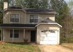 Foreclosed Home in Atlanta 30349 5560 FOREST DOWNS CIR - Property ID: 3957968
