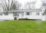 Foreclosed Home in Central Islip 11722 266 FRUITWOOD LN - Property ID: 3958489