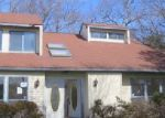 Foreclosed Home in Coram 11727 79 WHISKEY RD - Property ID: 3960575