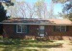 Foreclosed Home in Selma 27576 609 N SUMNER ST - Property ID: 3967150