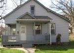 Foreclosed Home in Davenport 52804 1439 W 14TH ST - Property ID: 3968921