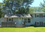 Foreclosed Home in Louisville 40214 2116 QUILLMAN RD - Property ID: 3970969
