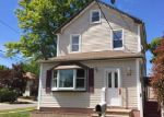 Foreclosed Home in Hempstead 11550 37 NASSAU PKWY - Property ID: 3973118