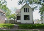 Foreclosed Home in Davenport 52804 805 W 17TH ST - Property ID: 3973912
