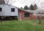 Foreclosed Home in Clarkston 48348 4544 HILLVIEW SHRS - Property ID: 3974123
