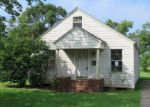 Foreclosed Home in Nederland 77627 209 HILL TERRACE DR - Property ID: 3978723