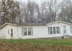 Foreclosed Home in Bon Aqua 37025 895 SAM VINEYARD RD - Property ID: 3978836