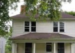 Foreclosed Home in Zanesville 43701 828 MCINTIRE AVE - Property ID: 3979407