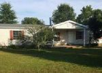 Foreclosed Home in Covington 38019 120 ROLLING HILLS LAKE DR - Property ID: 3982369