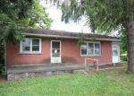 Foreclosed Home in Harrisburg 17111 5591 CHAMBERS HILL RD - Property ID: 3982426