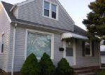 Foreclosed Home in Cleveland 44125 13611 SHADY OAK BLVD - Property ID: 3984281