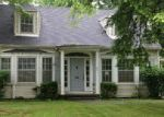 Foreclosed Home in Hopkinsville 42240 2711 S VIRGINIA ST - Property ID: 3987001