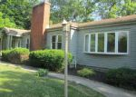 Foreclosed Home in Flossmoor 60422 2510 WALLACE DR - Property ID: 3987924