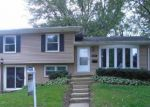 Foreclosed Home in Streamwood 60107 1205 KLEIN DR - Property ID: 3987963