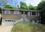 Foreclosed Home in Harrisburg 17104 2324 SWATARA ST - Property ID: 3989218