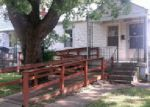 Foreclosed Home in Louisville 40215 1018 WALTER AVE - Property ID: 3991236