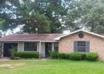 Foreclosed Home in Beaumont 77706 4020 KIPLING DR - Property ID: 3993169