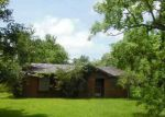 Foreclosed Home in Angleton 77515 214 RIVERSIDE DR - Property ID: 3993511