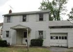 Foreclosed Home in Allentown 18103 251 E ROCK RD - Property ID: 3994760