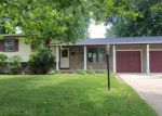 Foreclosed Home in Montgomery 60538 13 CIRCLE DR E - Property ID: 3998794