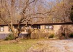 Foreclosed Home in Elizabethtown 17022 1844 MOUNT GRETNA RD - Property ID: 3999159