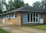 Foreclosed Home in Park Forest 60466 157 SHABBONA DR - Property ID: 4000958