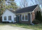 Foreclosed Home in Laurinburg 28352 317 KINLAW DR - Property ID: 4002946