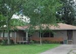 Foreclosed Home in Beaumont 77708 5165 HADEN RD - Property ID: 4003476