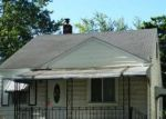 Foreclosed Home in Pontiac 48340 660 E MADISON AVE - Property ID: 4006516