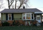 Foreclosed Home in Madison Heights 48071 512 E ROWLAND AVE - Property ID: 4009970