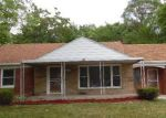 Foreclosed Home in Southfield 48075 20202 WESTOVER AVE - Property ID: 4009983