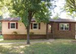 Foreclosed Home in Chattanooga 37415 5004 LLOYD LN - Property ID: 4010400