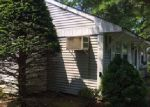 Foreclosed Home in Coram 11727 10 GETTYSBURG CT - Property ID: 4011391