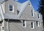 Foreclosed Home in Bronx 10469 2754 WOODHULL AVE - Property ID: 4011421