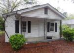 Foreclosed Home in Smithfield 27577 717 EAST ST - Property ID: 4012930